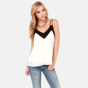 Lulu's Black and White Top